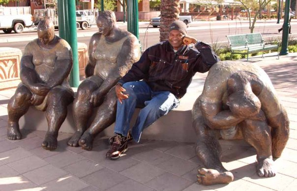 Nnamdi with sculture